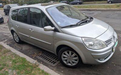 Renault-Grand-Scenic-2008